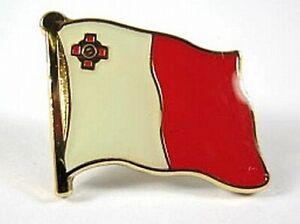 Malta-Flaggen-Pin-Anstecker-1-5-cm-Neu-mit-Druckverschluss