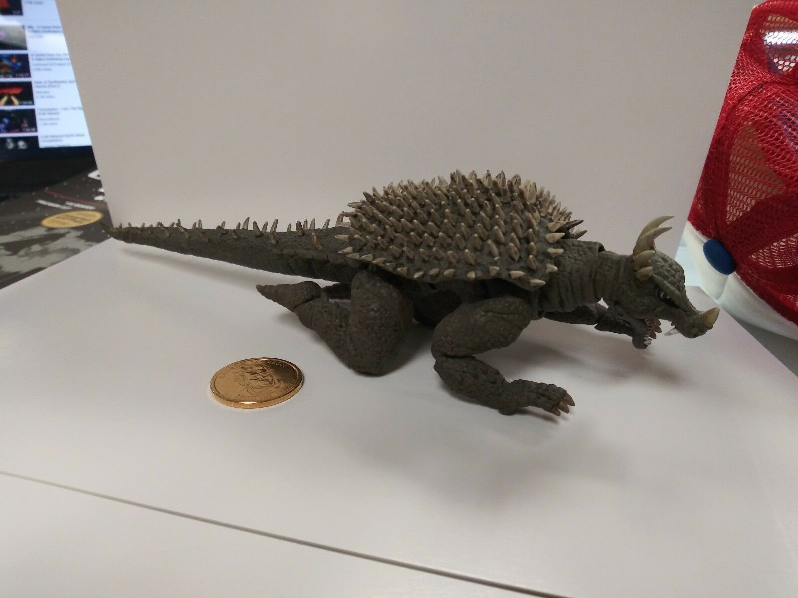 ANGUIRUS FIGURE KAIYODO VERY RARE 245MM 2011