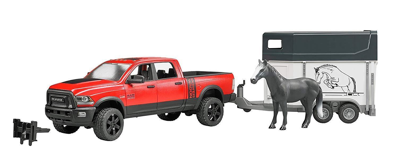 Bruder RAM 2500 Power Wagon mit Pferdeanhänger und 1 Pferd