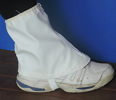 Beekeeping - ankle protectors (gaiter style) with zip, one size fits all