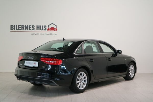 Audi A4 2,0 TDi 136 S-line - billede 1