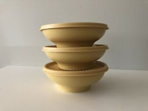 3-Vintage-Tupperware-Harvest-Gold-Dishes-Servalier-Small-Round-Bowls-amp-Lids