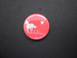 DEFTONES-NOVELTY-1-034-Button-Badge-music-free-uk-postage