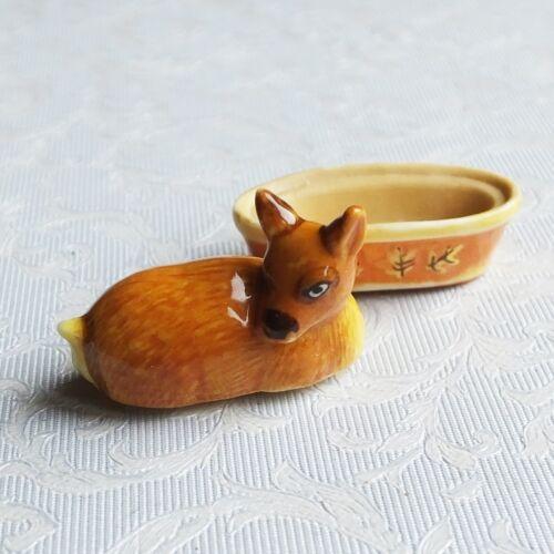 una de dos piezas con Tapa de Porcelana Cazuela-Ciervo Casa De Muñecas Miniaturas