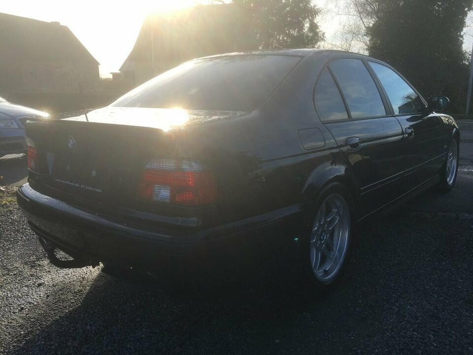 BMW 528i 2,8 Steptr. Benzin aut. modelår 1997 km 439000