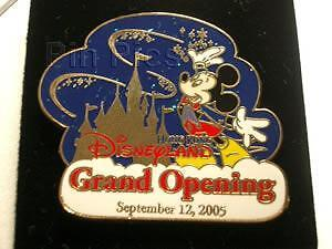 Disney-Cast-Exclusive-Grand-Opening-Mickey-Mouse-Pin