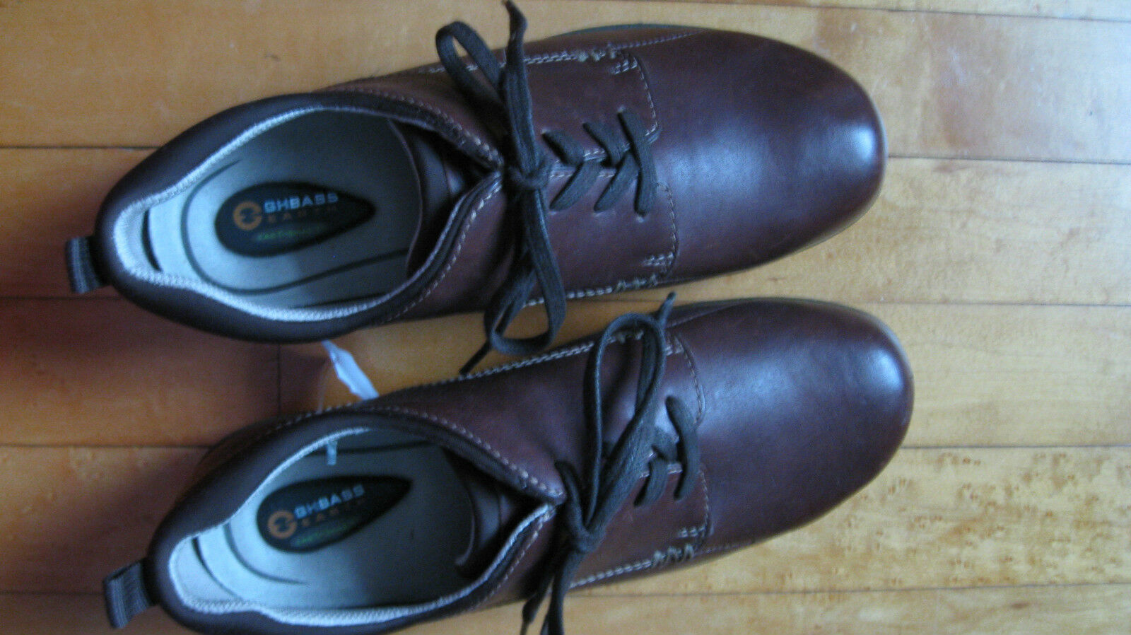 BASS EARTH SHOES 8.5M  NEW BROWN SKID RESISTANT Retail $100