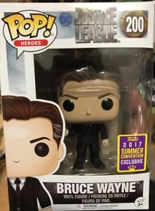 Funko POP DC Justice League #200 Bruce Wayne 2017 Summer Convention Exclusive