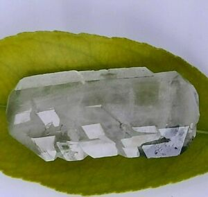 Clear-Quartz-Crystal-with-Faden-and-Chlorite-Inclusion-Collector-Piece-US-Seller