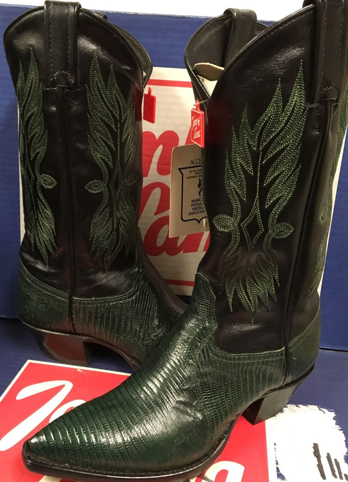 Tony Lama Womens Green lizard Western boots  Size 5 M New
