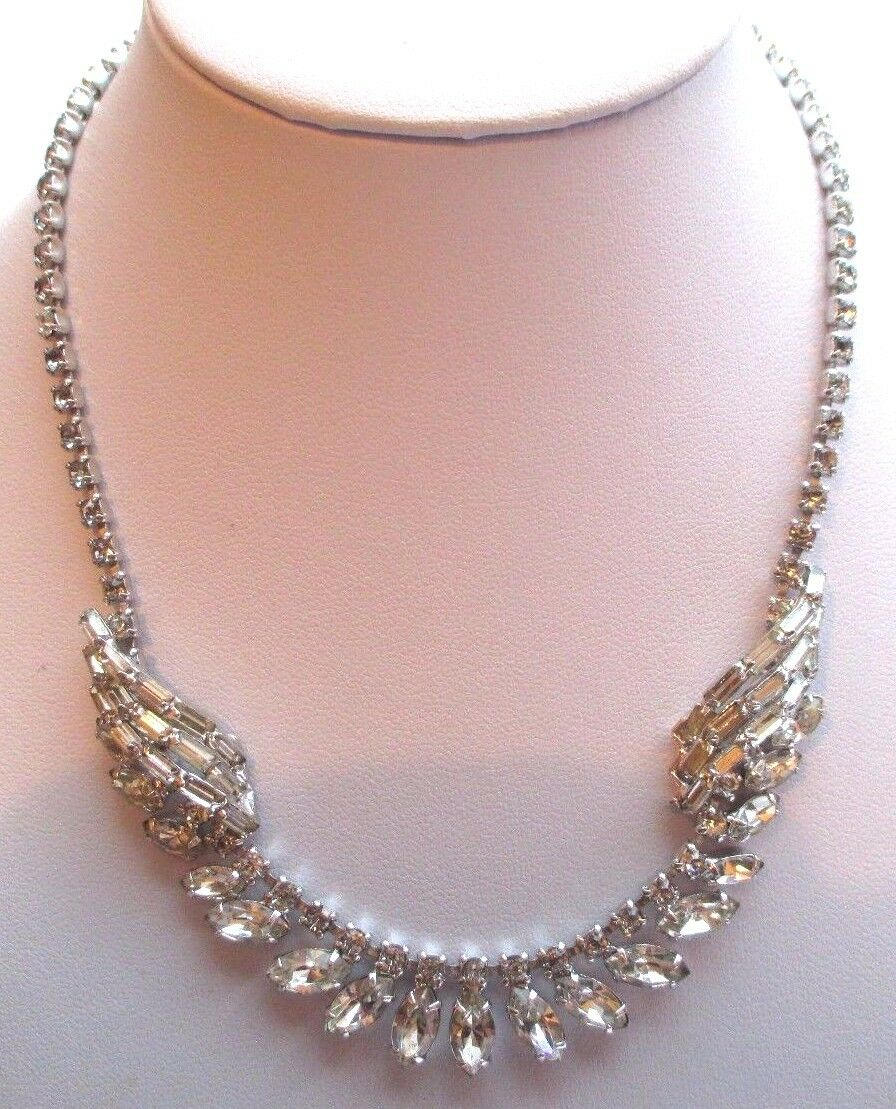 Collar Antiguo Joya Vintage color silver Cristales Facetado Diamante