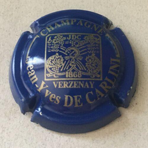 17a. Bleu et or Capsule de champagne DE CARLINI Jean-Yves