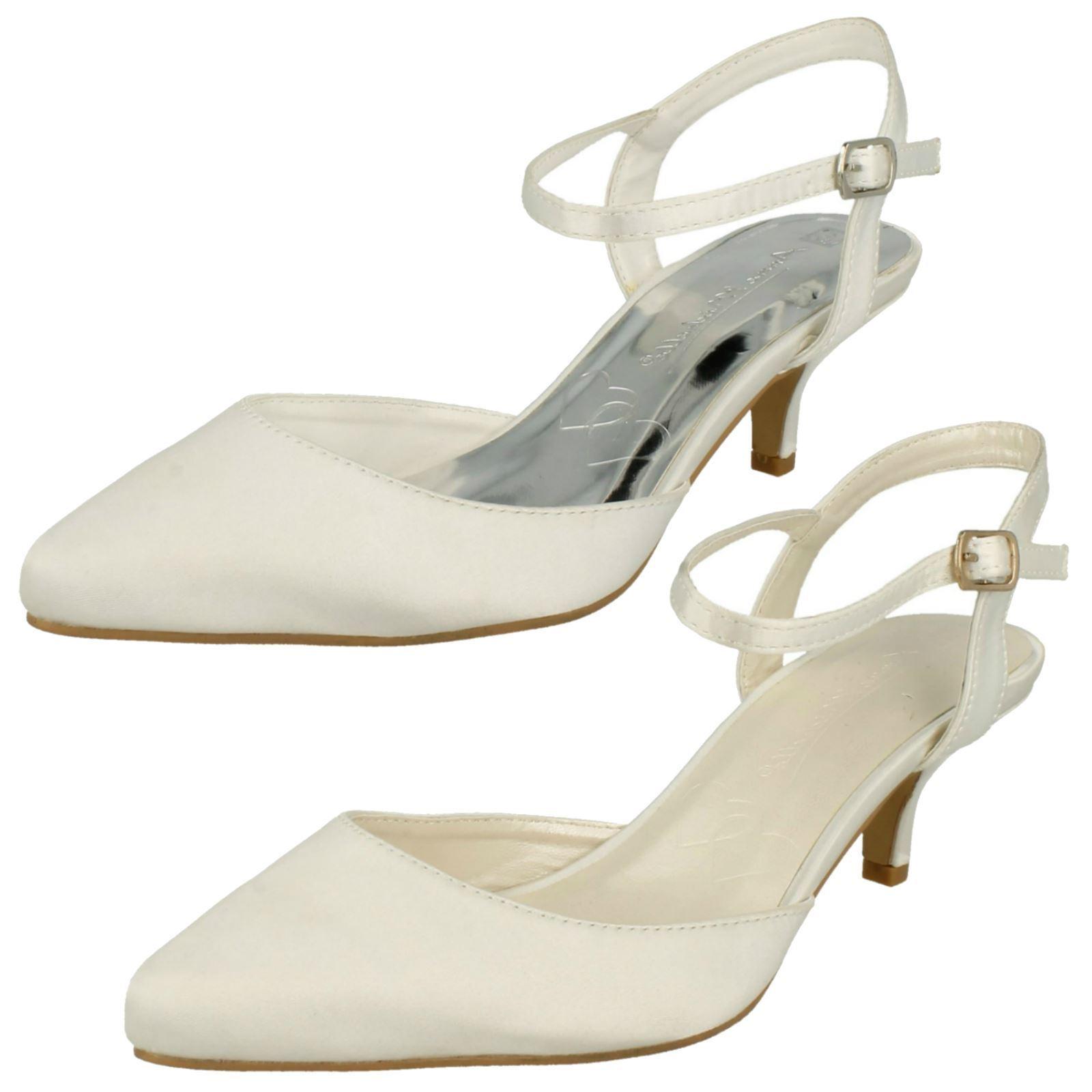Ladies Anne Michelle Buckle Up shoes