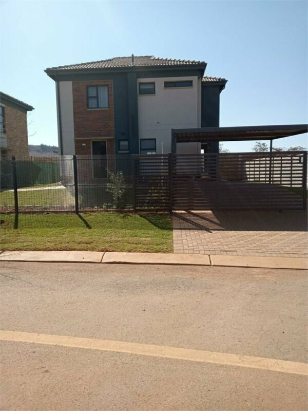 House in Pretoria West For Sale