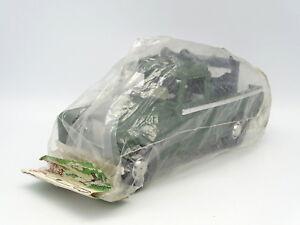 Karpan Jouet De Bazar Plastique 20cm - Land Rover 109 Militaire