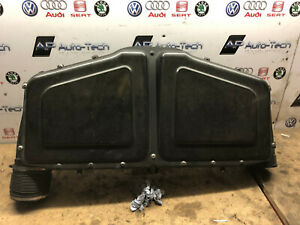 Carbon-fibre-air-box-with-MAF-sensors-077133835K-Audi-RS6-C5-Saloon