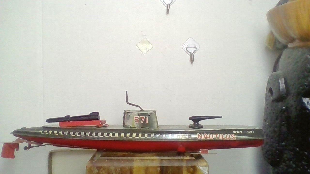 Vintage San Japón Tin Win-Up Nautilus Submarino Juguete Excelente Trabajo