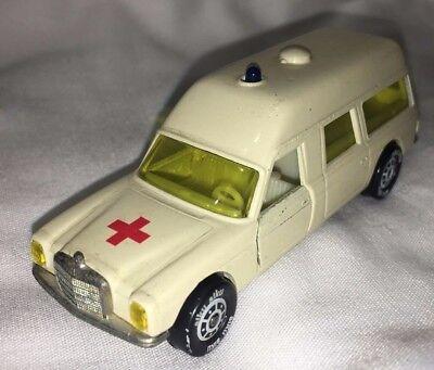 Reprobox Siku V 306 Binz Krankenwagen Europ 1200L