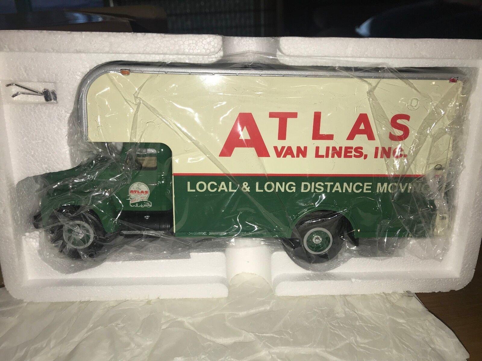 Very Rare 1957 ATLAS VAN LINES IH R200. R200. R200. Moving Van  - First Gear f249da