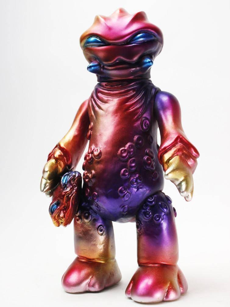 NYCC Exclusive Dragonfire Bangagon sofubi vinyl figure by GUUMON