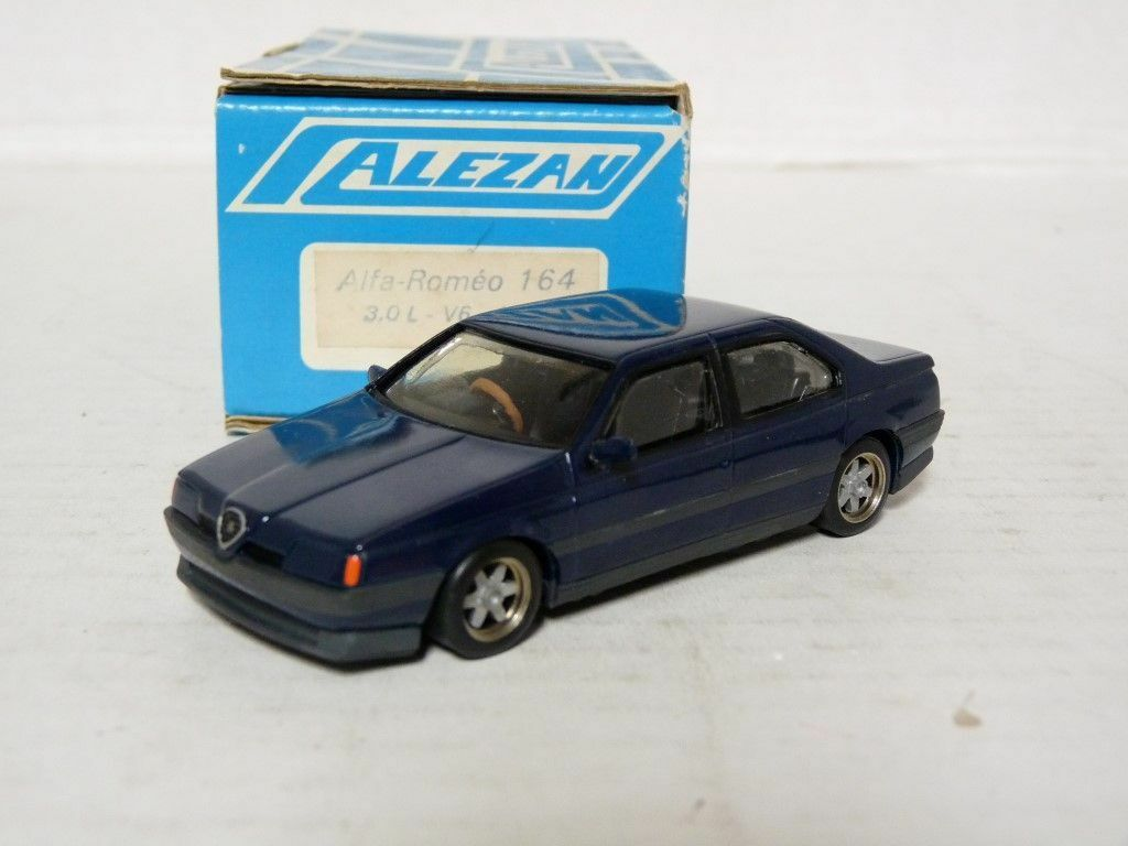 Alezan 083 1 43 1988 Alfa Romeo 164 3.0 V6 Resin Handmade Model Kit Car