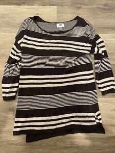 Old Navy Women's Top Blouse Size Small S Black White Striped. 3/4 Sleeve