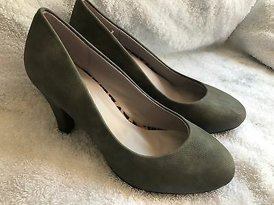 Señoras Tribunal Zapatos en Gris y moho.
