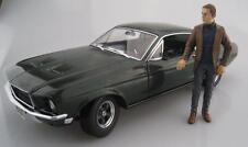 Ford Mustang GT mit Figur Steve McQueen BULLITT  Greenlight  1:18  OVP  NEU