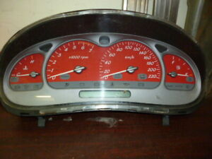 HOLDEN-COMMODORE-VU-SS-UTE-RED-HOT-DASH-CLUSTER-271-729KM-VE