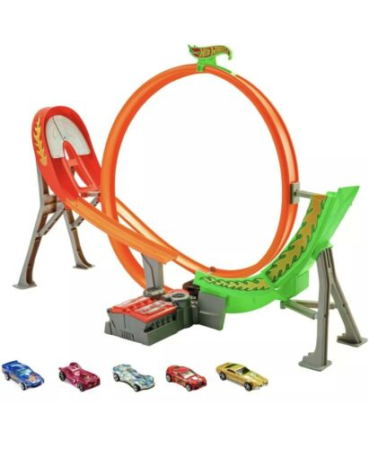 Hot Wheels Power Shift Raceway Track Set Loop /& Jump with 5 Cars FCF18 NEW