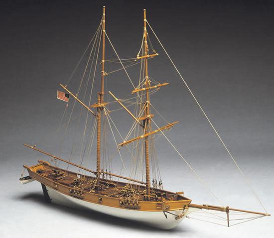 Mantua Albatros 1800's Baltimore Clipper 1 40 Scale Wood Ship Kit
