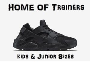 online retailer e0f38 7887c Image is loading NIKE-AIR-HUARACHES-RUN-GS-039-039-BLACK-