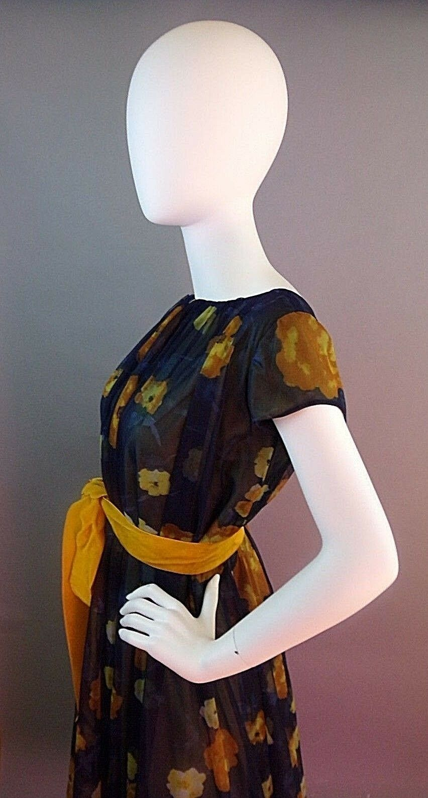 VINTAGE LUCIE ANN BEVERLY HILLS 1950s NIGHTGOWN - image 10