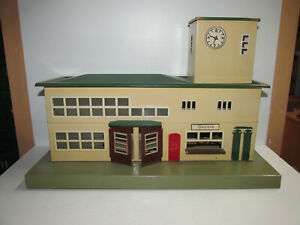 Old-Marklin-Sheet-Metal-Railway-Station-2011-With-Interior-Length-15in-Scale-0