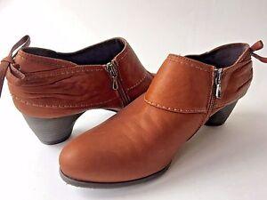 Antia-Spain-Brown-Leather-Booties-Heels-39-5-US-8-TO-DIE-FOR-STYLE-so-cute