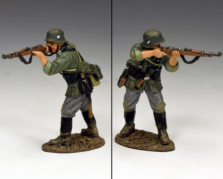 KING AND COUNTRY WW2 Standing firing Rifleman WH043