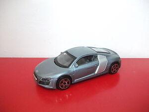 Audi-R8-Burago-1-43
