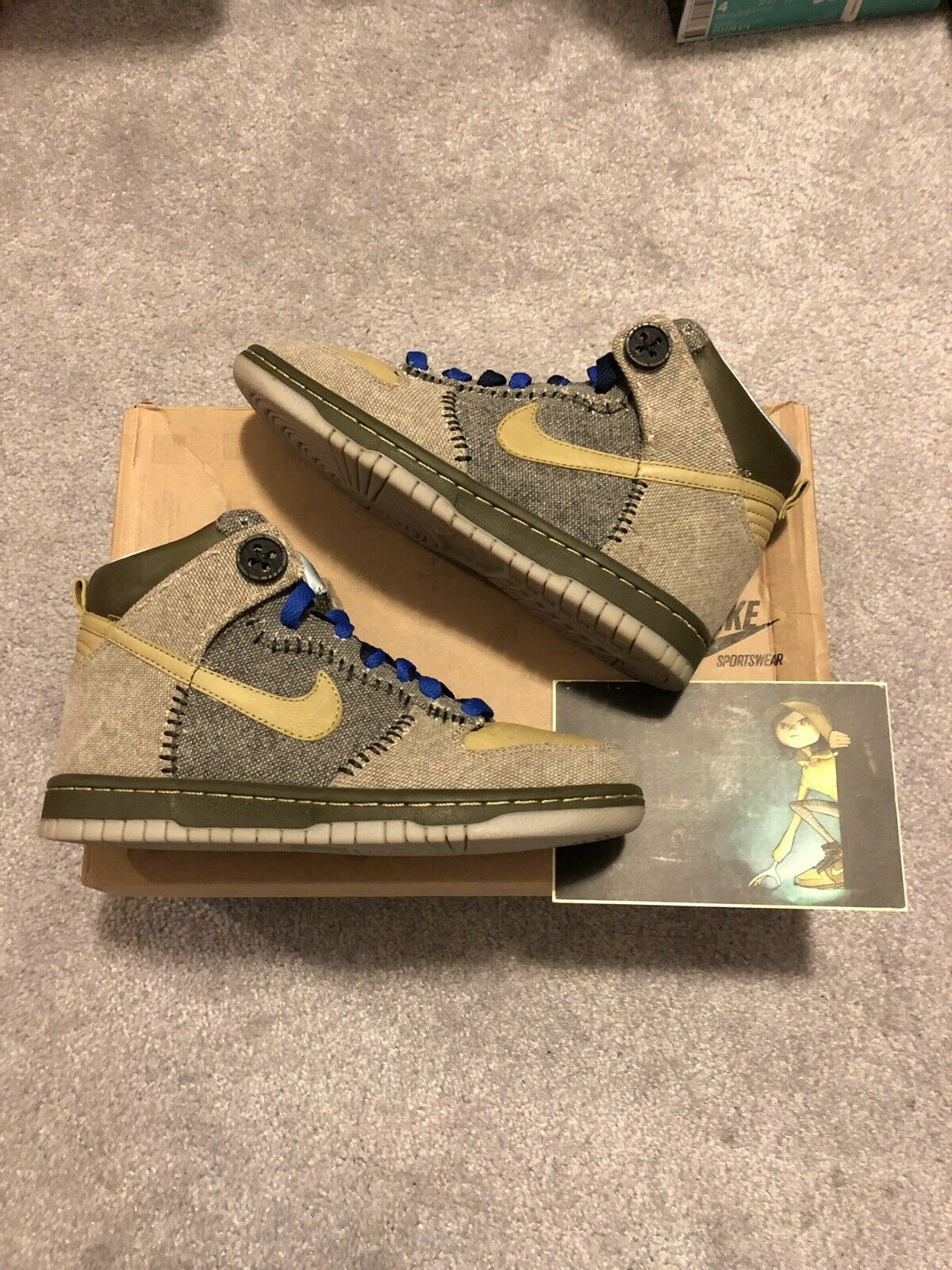 """MINT VNDS Nike """"Coraline"""" Dunk High - 373349-771 - Size 4Y"""