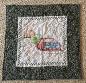 Handmade-Cross-Stitched-Race-Car-Table-Topper-Quilt-Blanket-Crib-Lap-Blanket-GUC