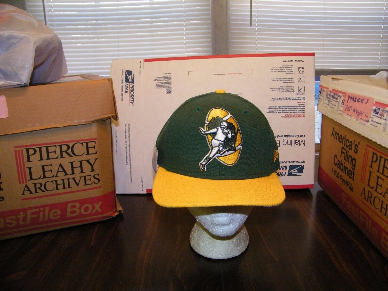 Green Bay Packers Era 9fifty Nine Fifty NFL Logo Snapback Hat Cap ... c6a98f95e