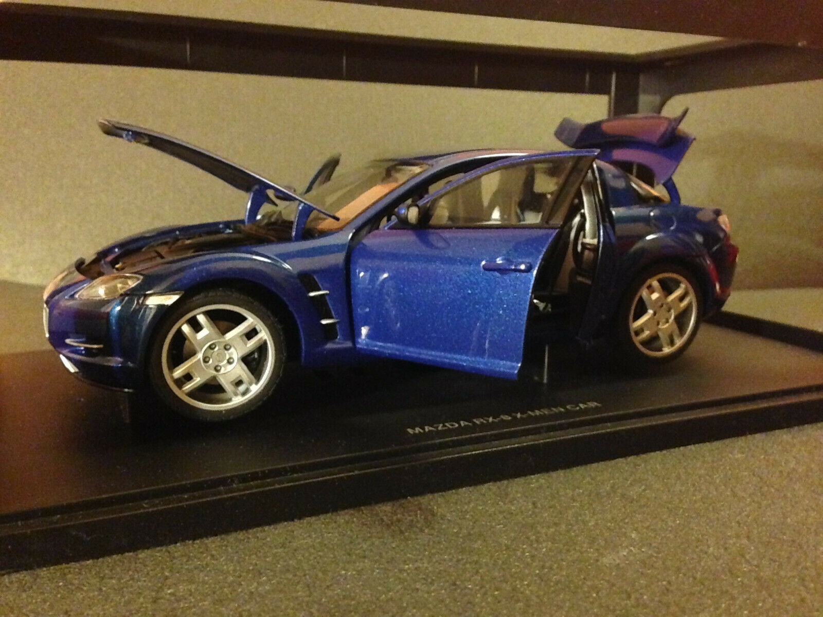 Mazda RX-8  X-Hommes   Limited Edition RX8 inklusive Zertifikat Autoart 75941 1 18  magasin discount