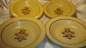 Vtg-Set-4-Pfaltzgraff-VILLAGE-Brown-Floral-Cream-Rimmed-Cereal-Soup-Bowls-379