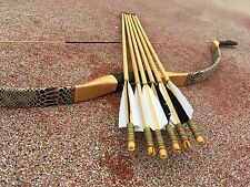 The traditional bow hunting sports archery equipment genuine  Longbow +6 arrows