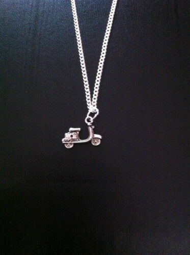 """SILVER VESPER MOPED SCOOTER CHARM NECKLACE PENDANT 18/"""" CHAIN FREE GIFT BAG UK"""