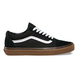 Vans Classic Black Gum