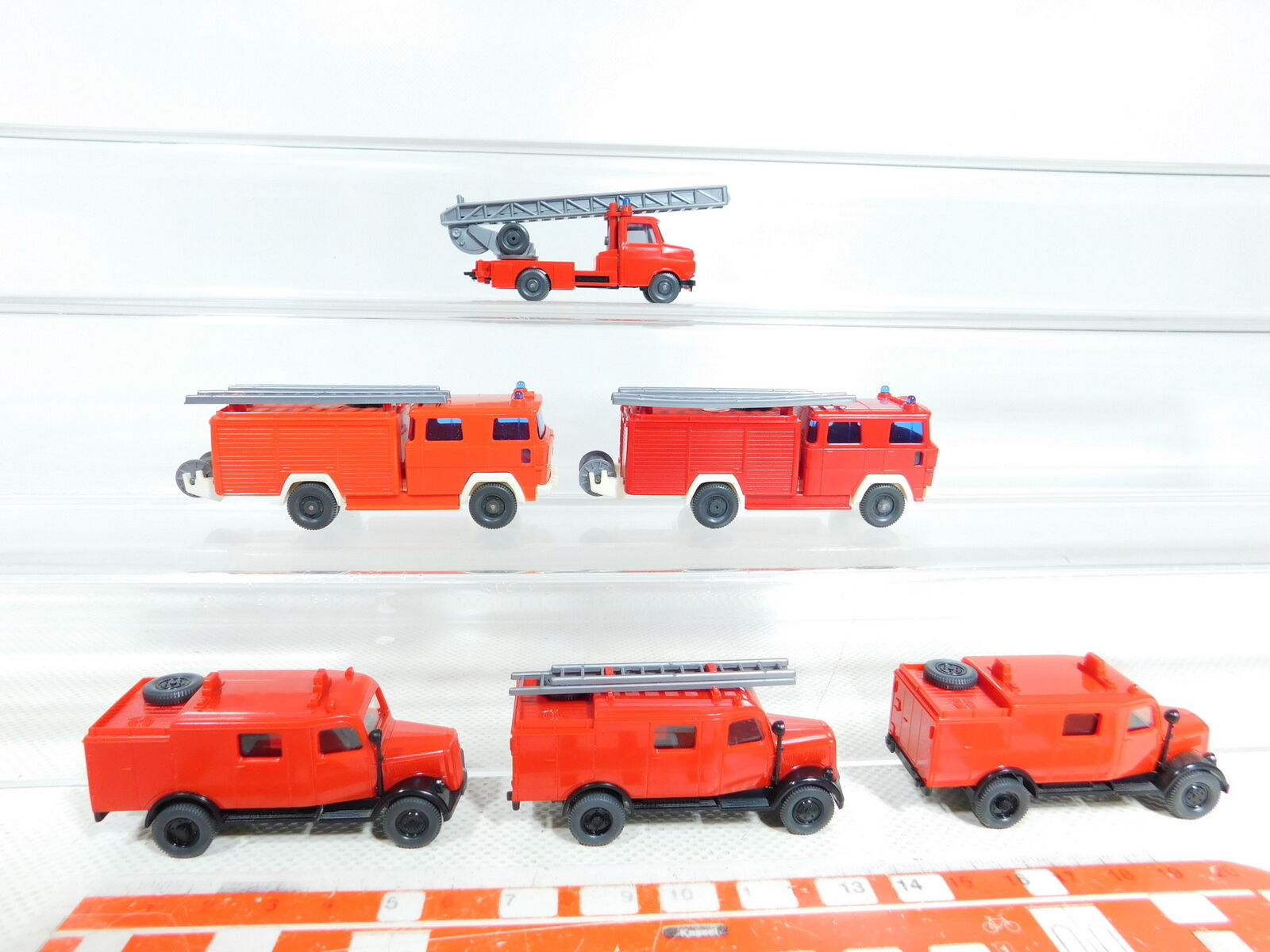 BX381-0,5 x Wiking 1 87 H0 Fire Service Model  Magirus + Mercedes   MB,2.