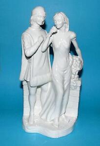 COALPORT-figurine-ornament-William-shakespeare-039-Romeo-amp-Juliet-039-gloss