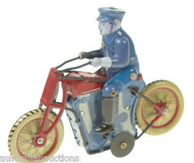 CLASSIC TIN TOY COLLECTABLE  POLICEMAN ON MOTORBIKE WIND UP CLOCKWORK TOY