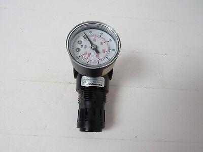 4TY39 Wilkerson R03-02-000 Air Regulator