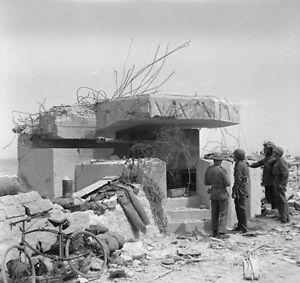 7x5-Gloss-Photo-ww6F8-Normandy-D-Day-Gold-Beach-7-June-1944-Bunker